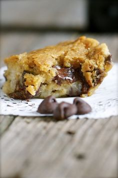 *Must* make! Chocolate Chip Cookie Cheesecake Bars. @Marly | Namely Marly