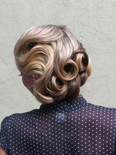 Vintage Wedding Hairstyle #roaring20s #vintage #vintageweddinghairstyle #retroweddinghairstyle #weddinghair #pincurls #pinupdoll www.gmichaelsalon.com
