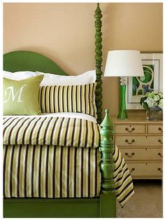 green poster king bed
