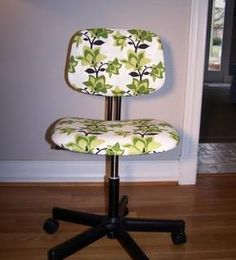 Another tutorial on reupholstering a computer chair...