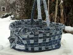 Tutorial! Upcycled Blue Jean basket! ***recycled blue jeans