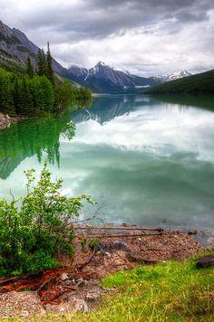Medicine Lake, Jasper National Park -Alberta, Canada