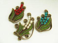 Endless combination of zipper, felt and beads