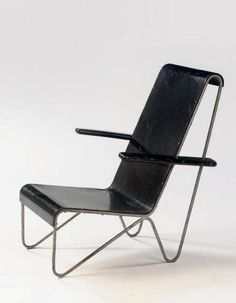 STEEL CHAIR by GERRIT RIETVELD (1927)