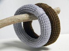 beautifully simple crochet bracelets