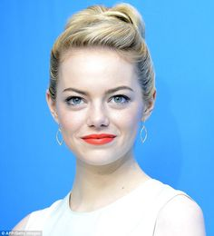 Emma Stone Uses Baking Soda To Exfoliate - Despite having a healthy bank balance, actress Emma Stone has a rather budget approach when it comes to her beauty routine and says she uses baking soda to exfoliate her skin and get rid pf dry patches.