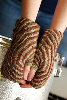 Ravelry: Either/Or pattern by Lee Meredith