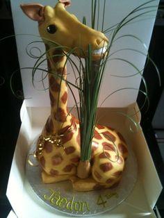Amazing Giraffe Cake cupcak, amaz giraff, awesom cake, cakes, food, amaz cake, anim cake, giraff cake, giraffes