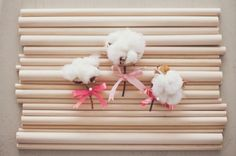 cotton boutonnieres for Spring! - photo by nbarrett photography, event design by Grit+Gold - http://goo.gl/5H5vCc