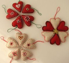 Adornos navideños de tela by fperezajates, via Flickr