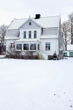 dustjacket attic: Interiors   A Swedish Cottage