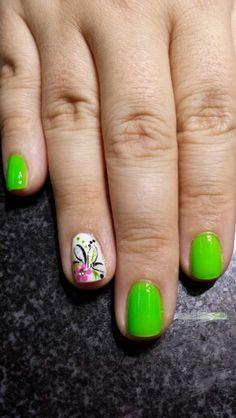 Cute summer nails design