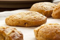 Cookie Recipe: Almond Cookies
