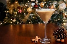 Sugar Cookie Martini ~ Irish cream, vanilla vodka and butterscotch schnapps. Rimmed with sugar cookie crumbs and garnished with cinnamon, nutmeg or chocolate shavings..