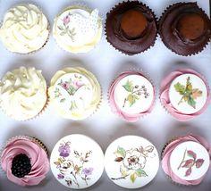Box of cupcakes by neviepiecakes, via Flickr