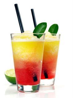 Aproveite o verão para abusar dos sucos e drinks. Na Domi você encontra diversos tipos de copos e taças. http://www.domi.com.br/copos-e-tacas-102.aspx/u