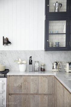 Raw Wood Kitchen in London//