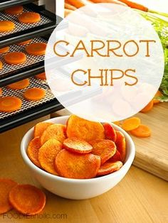 Carrot Chips | FOODIEaholic.com #recipe #cooking #dehydrated #snack