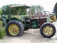 John Deere 2350 tractor salvaged for used parts. Call 877-530-4430 for the best selection of used ag parts. http://www.TractorPartsASAP.com