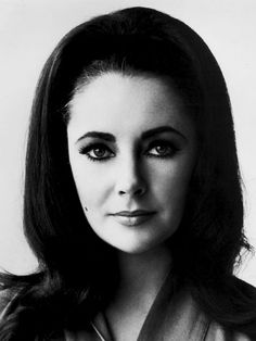Vintage Photos of 1960s Actresses: Elizabeth Taylor