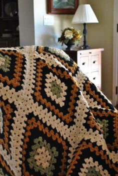 Little House Needleworks: Finished afghan