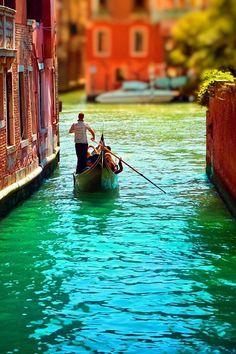 venice honeymoon, dream vacation spots, color, romantic places, dream vacations, venice italy, travel, boat, bucket lists