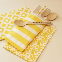 Yellow striped silverware bags for keeping your eating untensils handy. Your guest will love them. Just place them out on your party tables or buffet for a pretty colorful POP of color...♥