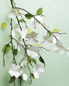 Tutorial - Paper dogwood flowers | Martha Stewart