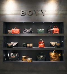Boyy Bag Store : Central Chidlom, Bangkok