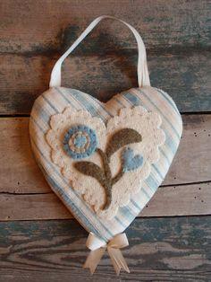 pattern, craft idea, maggi bonanomi, appliqu, wool work, corazon