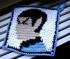 crochet spock potholder - rock,paper, scissors,lizard, Spock!