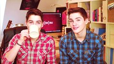 The Harries twins (JacksGap on YouTube) <3