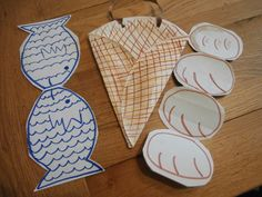 Sunday School craft - The Loaves and the Fishes, basket made from a paper plate and the loaves and fishes open out to make more!