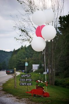 OBSESSED! Love the #balloons and the #sign {B-Freed Photography} farm wedding, wedding rustic, wedding photos, wedding signs