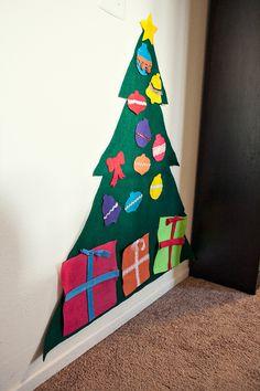 DIY FELT CHRISTMAS TREE.