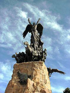El Monumento al Ejército de Los Andes, Cerro de la Gloria, Mendoza, Argentina.