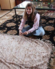 holiday, homemade christmas gifts, no sew blankets, gift ideas, fleece blankets, fleec blanket