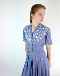 1950s Periwinkle Embroidered Cotton Dress (M-L)