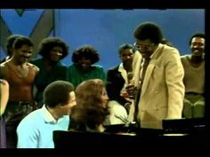 Smokey Robinson and the Queen of Soul Duet. Oooo Baby Baby.  (@1:53)