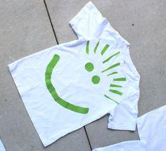 Crafty Sisters: Spray Tye Dye Towels