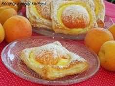 Apricot puff pastry cake (in slovak) Marhuľové koláče z lístkového cesta