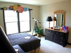 painted window cornice for boys room ideas