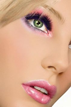 pretty https://www.youniqueproducts.com/wenda  http://theberry.com/2012/03/19/makeup-madness-monday-28-photos-5/