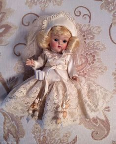 """VINTAGE VOGUE GINNY Doll, """"BRIDE"""" 1953 #55,  FROM FABLES & BRIDES SERIES ,PRETTY"""