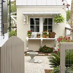 Potting shelves and backyard patio ideas