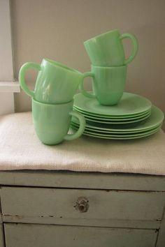 Jadite dinnerware set