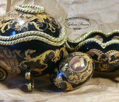 http://sylwiaserwin.pl/wp-content/gallery/kilka-sposobow-na-jajo-strusie/strusie-pisanki.jpg