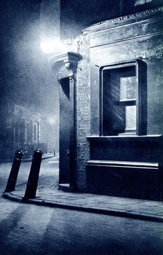 John Morrison & Harold Burdekin: City street. London night 1930s