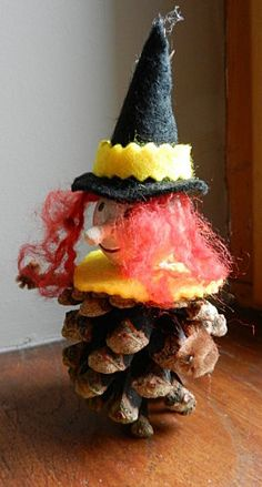 Pine cone decorations on pinterest 984 pins - Bricolage avec pomme de pin ...
