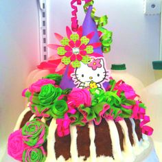 She had to have a hello kitty cake. It's a bunt cake!!!